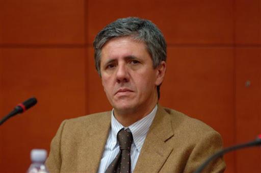 La generazione Extracorporea: implicazioni etiche e antropologiche – Adriano Pessina